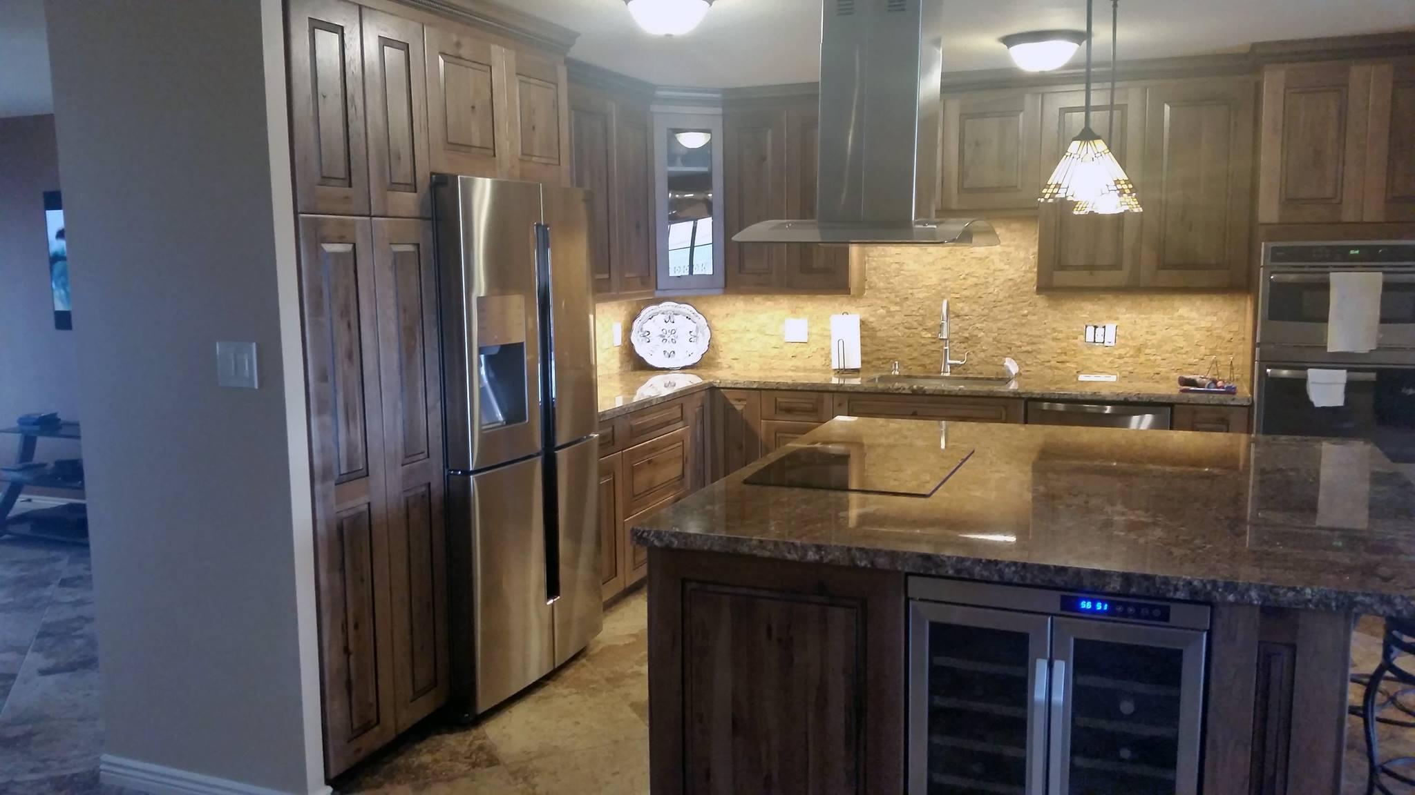 Arizona Kitchen Cabinets Choosing Between Custom And Semi Kitchen
